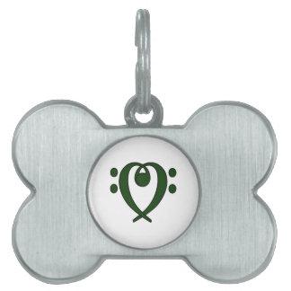 Corazón del clef bajo verde oscuro placas de mascota