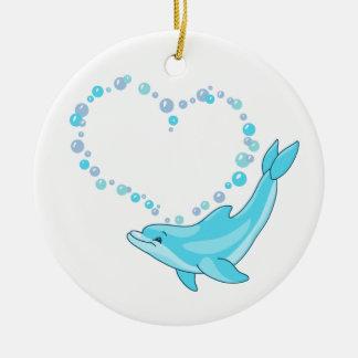 Corazón del delfín adorno redondo de cerámica