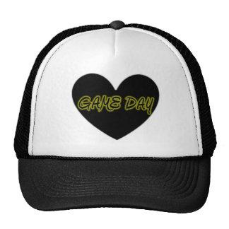 Corazón del día 3 del juego gorra