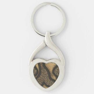 Corazón del diseño de la tinta de Brown oscuro Llavero Plateado En Forma De Corazón