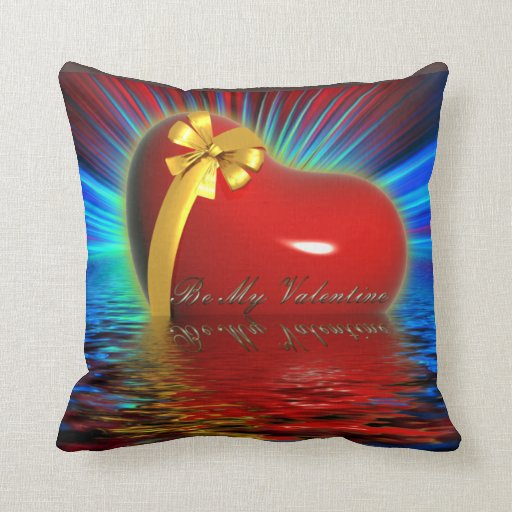 Corazón del el día de San Valentín sobre el agua Almohadas