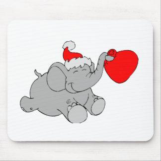 Corazón del elefante del navidad tapete de ratón