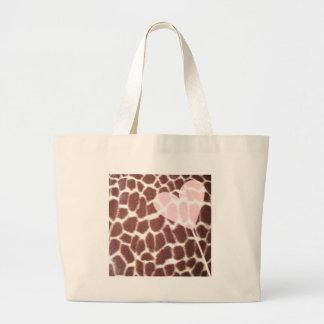 Corazón del estampado de girafa bolsa tela grande