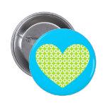 Corazón del flower power pin