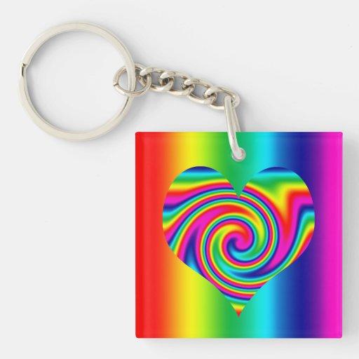 Corazón del giro del arco iris llavero cuadrado acrílico a doble cara