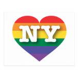 Corazón del orgullo del arco iris de Nueva York NY Tarjetas Postales