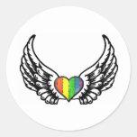 Corazón del orgullo GLBT del arco iris con las Pegatina Redonda