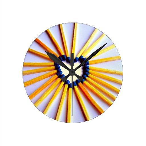 Corazón del palillo del partido relojes