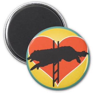 Corazón del perro de la agilidad imán redondo 5 cm