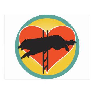 Corazón del perro de la agilidad tarjetas postales