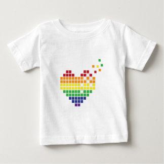 Corazón del pixel tshirts