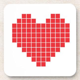 Corazón del pixel posavasos de bebidas