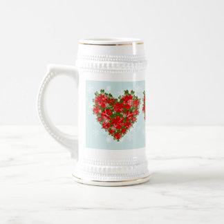 Corazón del Poinsettia y navidad rojos de los copo Tazas