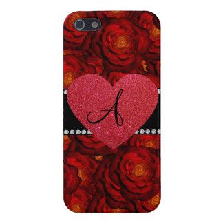 Corazón del rojo de los rosas rojos del monograma iPhone 5 carcasa