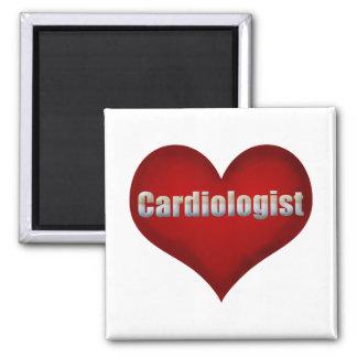 Corazón del rojo del cardiólogo iman
