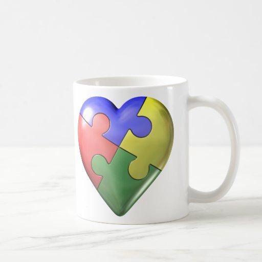 Corazón del rompecabezas de 4 colores taza clásica