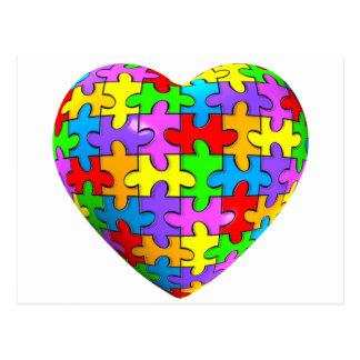 Corazón del rompecabezas del autismo tarjeta postal
