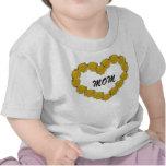 Corazón del rosa amarillo camisetas