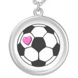 Corazón del rosa del balón de fútbol grimpolas personalizadas