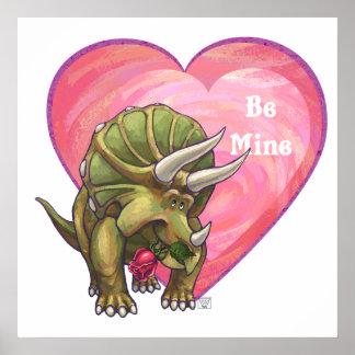 Corazón del rosa rojo del Triceratops Póster