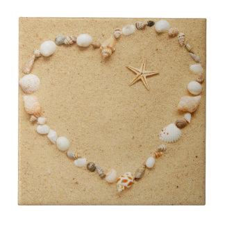 Corazón del Seashell con las estrellas de mar Azulejos Cerámicos
