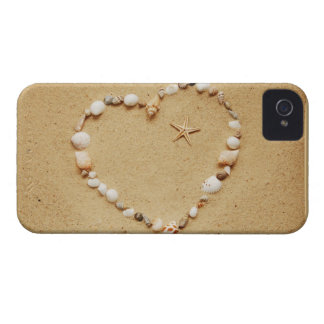Corazón del Seashell con las estrellas de mar Case-Mate iPhone 4 Carcasas