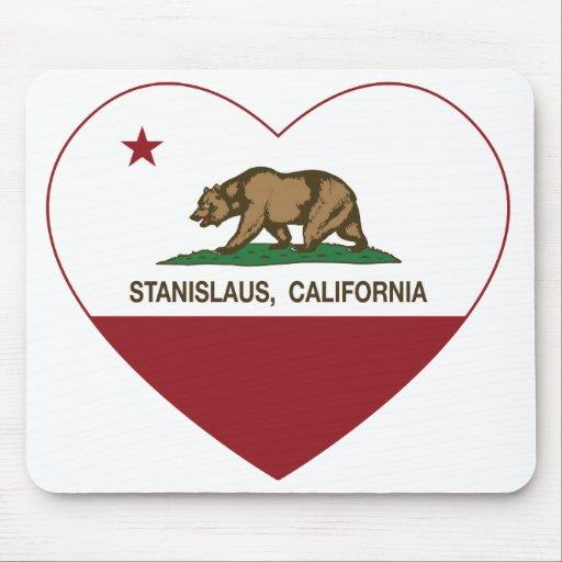 corazón del stanislaus de la bandera de California Tapetes De Ratones