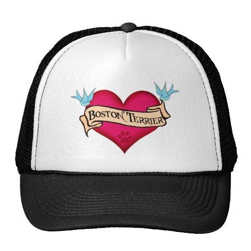 Corazón del tatuaje de Boston Terrier Gorras De Camionero