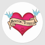 Corazón del tatuaje de Boston Terrier Pegatina Redonda