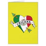 Corazón del tatuaje de Chicana con la bandera mexi Tarjeta De Felicitación