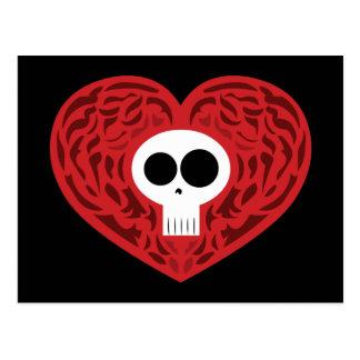 Corazón del tatuaje del cráneo tarjeta postal