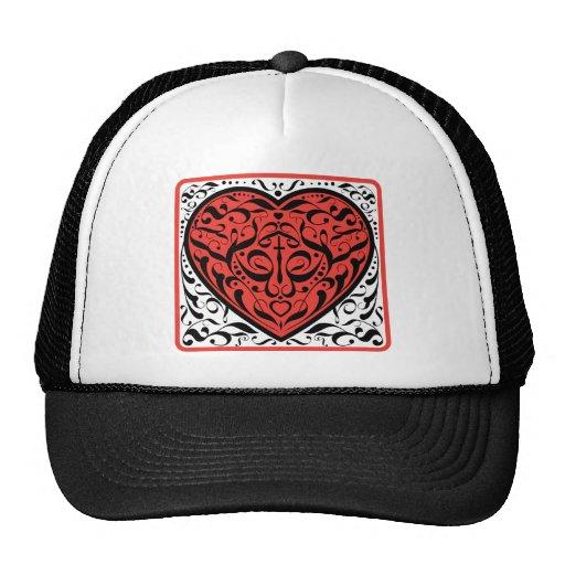 Corazón del tatuaje gorros bordados