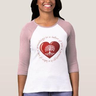Corazón del trabajo de amor tshirt