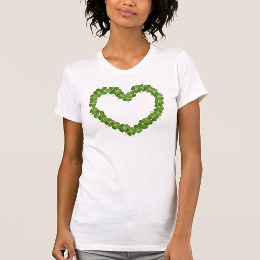 Corazón del trébol del trébol de cuatro hojas camiseta