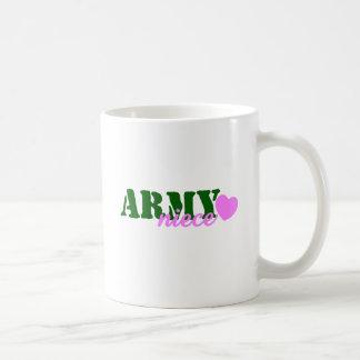Corazón del verde de la sobrina del ejército taza