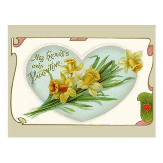 Corazón del vintage y postal de la tarjeta del día