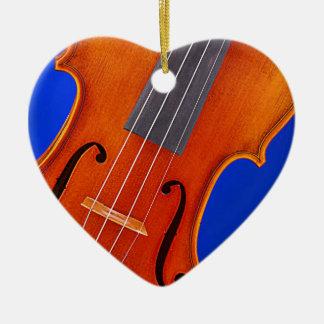 Corazón del violín o del ornamento de la viola adorno navideño de cerámica en forma de corazón