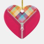 Corazón desabrochado del ornamento de los colores ornamento para arbol de navidad