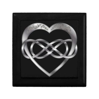 Corazón doble 1 de la plata del infinito - caja de joyero cuadrado pequeño