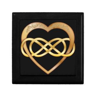 Corazón doble 1 del oro del infinito - caja de joyero cuadrado pequeño