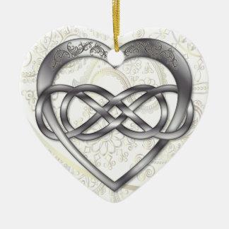 Corazón doble 2 de la plata del infinito - adorno de cerámica en forma de corazón
