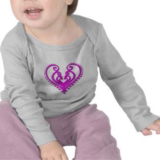 Corazón en Desgin Camisetas