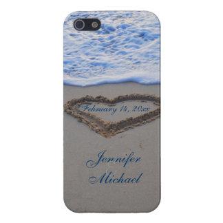 Corazón en fecha del Special de la arena de la iPhone 5 Carcasa