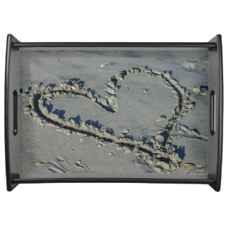 Corazón en la arena bandeja