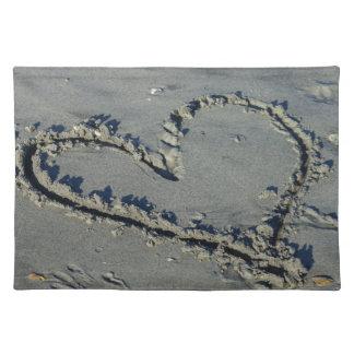 Corazón en la arena manteles