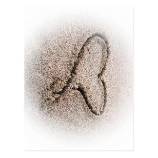 corazón en la arena postales