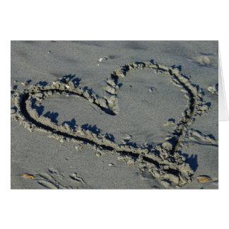 Corazón en la arena tarjeta pequeña