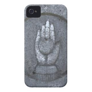 Corazón en la mano de piedra iPhone 4 carcasas
