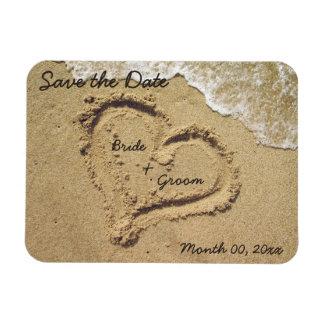 Corazón en la reserva de la arena los imanes de la