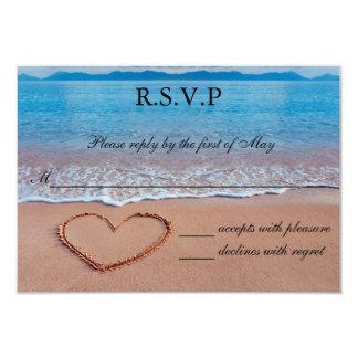 """Corazón en la tarjeta de RSVP del boda de playa de Invitación 3.5"""" X 5"""""""